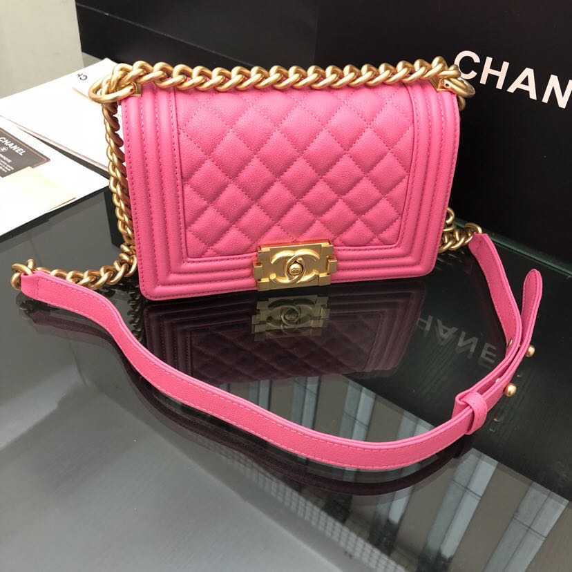 Woman Shoulder Bag Pink - PerfectKickZ