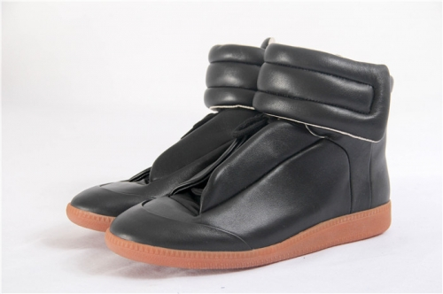 Limited Version Maison Margiela Black Future Leather High-Top Sneakers - PerfectKickZ